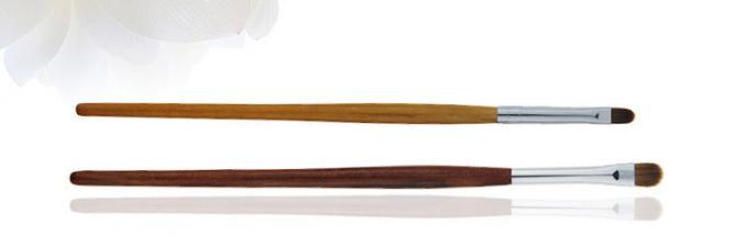 Brown Essential Makeup Brushes Weasel Hair Long Wooden Handle Environmentally Friendly