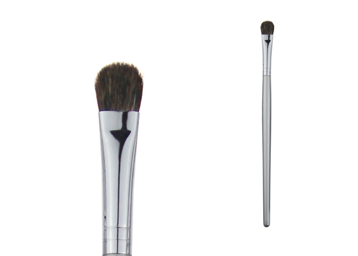 Silver Eyeshadow Concealer Makeup Brush Wood Handle And Weasel Hair For Eyes