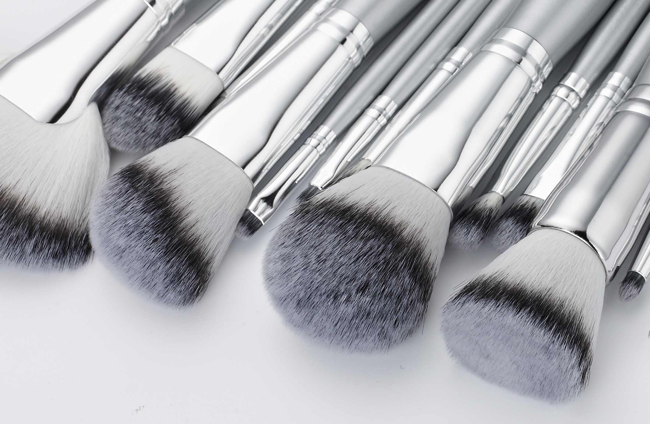 Sliver Color Professional Makeup Brush Set / synthetic hair Cosmetic Brush Set